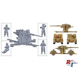 15771 1/56 8.8cm Flak 37 w/ crew.
