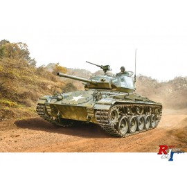 6587 1/24 M-24 Chaffe Korean War